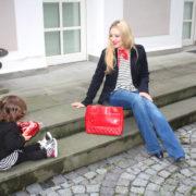 klassiker-navyblau-streifen-und-jeans