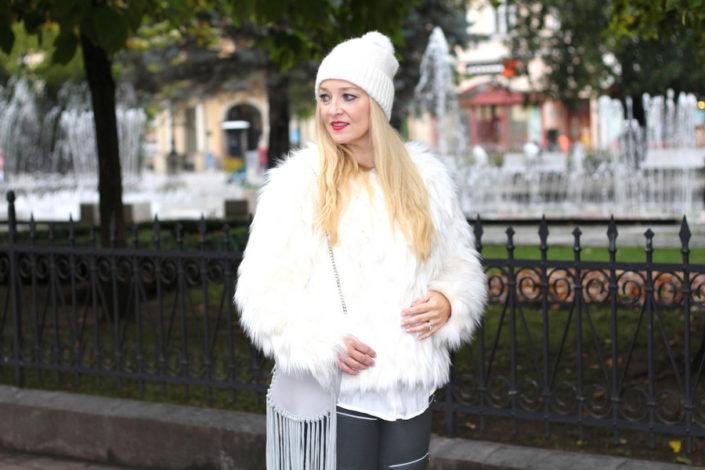 slovakia-in-riani-white-fake-fur-jacket